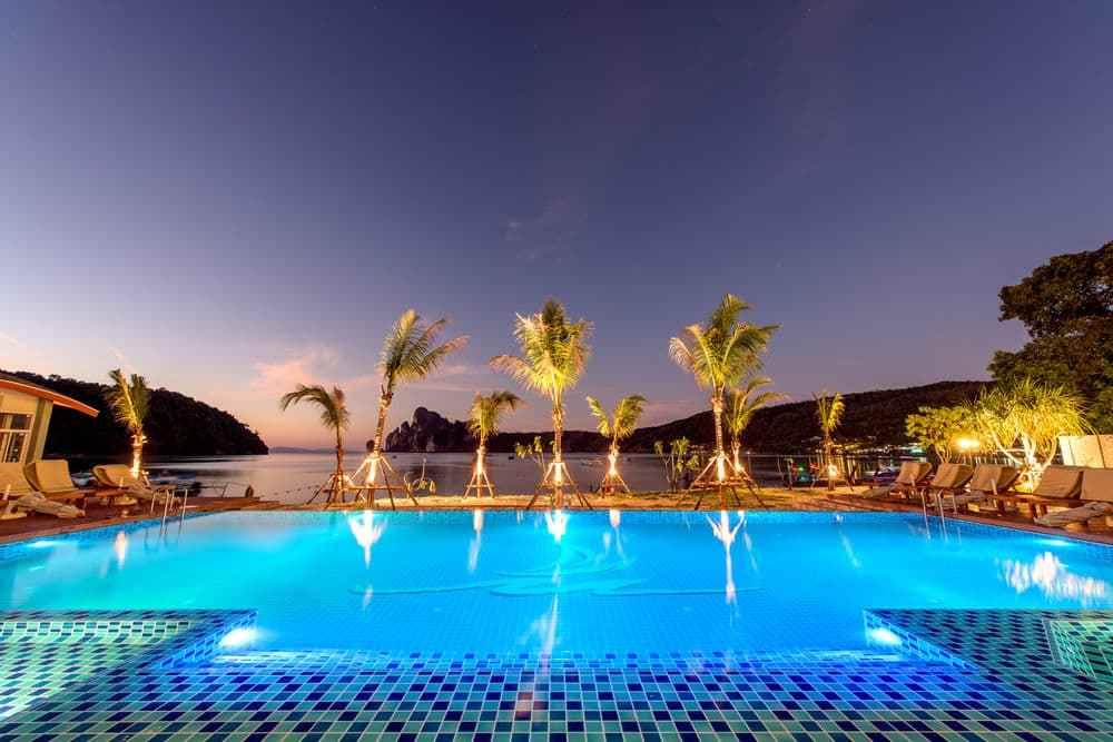 phi phi harbour view hotel – מלון פי פי הארבור ויוו קופיפי (1)