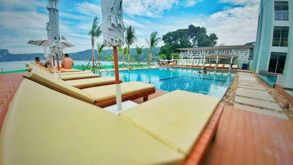phi phi harbour view hotel – מלון פי פי הארבור ויוו קופיפי (5)
