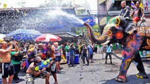 הסונגקראן חג המים - חג השנה החדשה של תאילנד